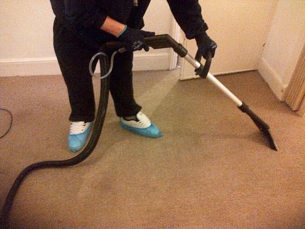 cleaning smelly carpet
