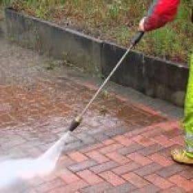 Jetwashing in Manchester